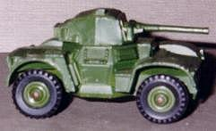 Dingo_Armoured_Car_Dinky
