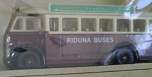 Riduna_Coaches_Alderney_